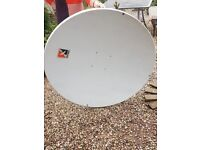 Satellite dish 120cm, channel master, with lmb support arms