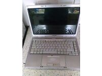 Laptop for parts conpaq and toshiba