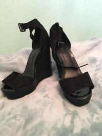 Size 5 Dorothy Perkins wedge
