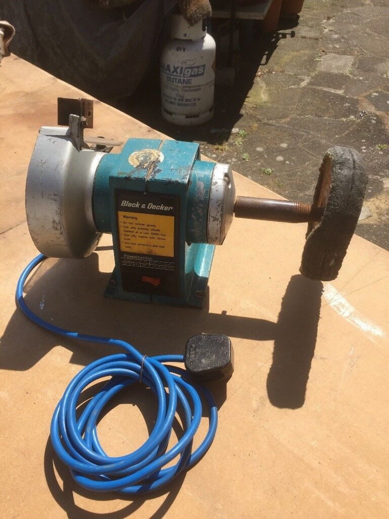 Black Amp Decker Bench Grinder And Buffer Polisher In