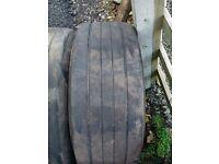 Part Worn Truck Tyres - 385 65 x 22.5 on rims 70 to 95% tread - Bridgestone, Mitchellin, Continental