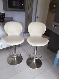 Kichen bar stools