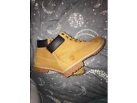 Sandy timberland boots