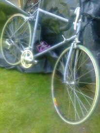 bike for sale - a cool peugeot optimum -road race bike - ready to ride !