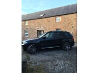 BMW X5 BLACK IN GOOD CONDITION WITH FULL LEATHER.