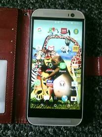 HTC M8 4G.UNLOCKED 2GB RAM .16GB MEMORY .