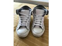 Leather Converse boots 5.5