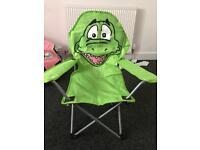 Fold away camping chair (kids)