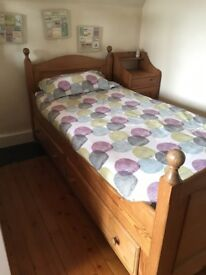 Wooden child bed with 2 drawers