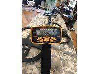 Garrett 400i Metal Detector and accessories