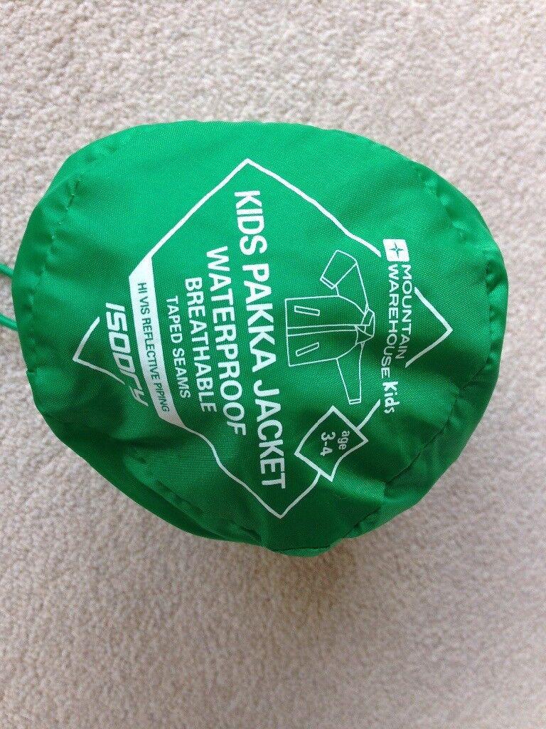 2891bebf3 Brand new Mountain Warehouse Pakka Kids Waterproof jacket unisex green age  3-4