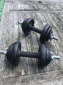 **SOLD***£15 - York Cast Iron Dumbbell Spinlock Set. 4 x 2.5kg,4 x 1.25kg ,4 x 0.5kg , 2 bars