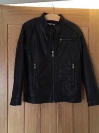 HM boys jacket 6/7 years