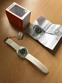 WATCH SOLUS - WHITE - BRAND NEW - COME WITH BOX