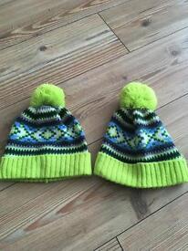 2 x GAP bobble hats small/medium kids