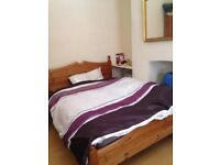 spacious furnished double room for rent in a clean house close to Liverpool city centre