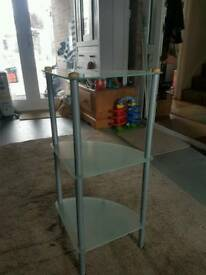 Tempered glass corner unit
