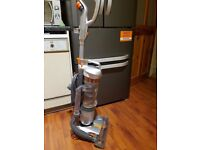 Like new vax upright hoover rrp £149