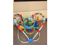 Jumperoo in good conditions, only used 6 months