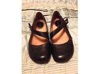 Women's flat black shoes Clark's UK Size 5.5