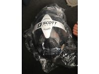 Brand new aspestos mask for sale never been used