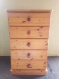 Solid pine chest of drawers, 5 drawers