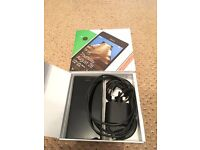 Nokia Lumia 735 Boxed (comes with unlatching code so can be used on any network)