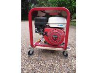 Honda 5 hp 2kw mobile Petrol Generator, 110 and 240v AC