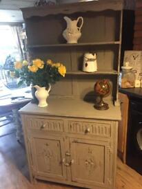 Grey shabby chic dresser