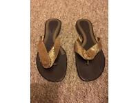 Woman flip-flops size 5,6