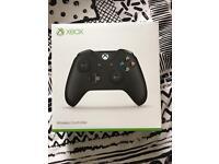 Xbox one S black wireless controller - NEW