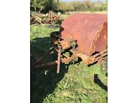 VINTAGE HAY TURNER -TEDDER - 1950'S/1960'S IN NEED OF SOME RESTORATION - IDEAL FOR COLLECTOR