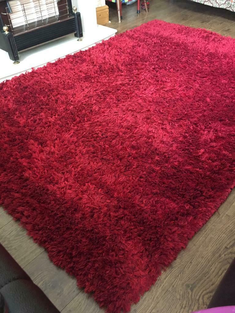 red rug | in Keighley, West Yorkshire