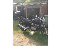 Suzuki bandit 600 r reg