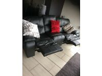 Leather recliner setee mre