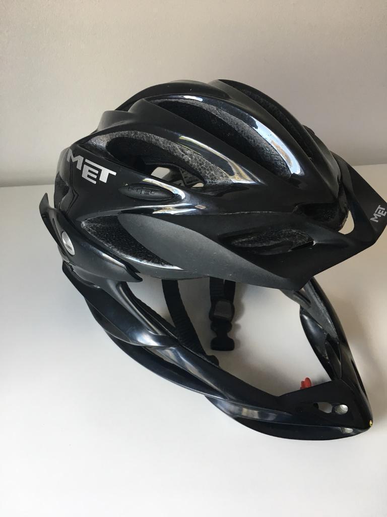 Mountain Bike Full Face Helmet In Doncaster South Yorkshire Gumtree