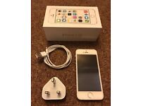 Excellent condition silver iPhone 5s 16 gb unlocked