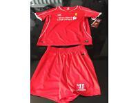 Liverool football kit