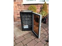 Wine Cooler Baumatic BW 18 Holds 18 x 1 Litre bottles