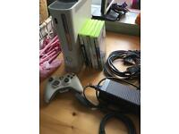 Xbox 360 60GB with Minecraft Fifa 15 One Controller