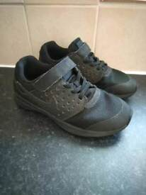 Nike trainers size 13