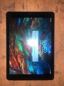 "iPad 9.7"" 2018 WiFi and cellular 32GB model."