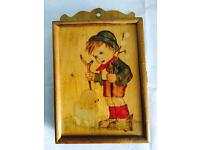 A rare key holder box, can be installed on wall easily,quick sale at only £15