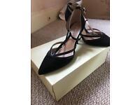 Linea heeled size 6 shoes, worn once.