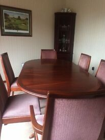 Mahogony Table/Chairs Nathan)
