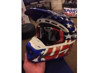 Professional Troy Lee Designs Adult Men's Motocross Helmet...