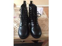 women shoes h&m size 4 brand new