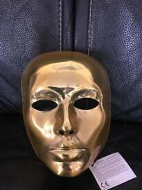 Gold mask fancy dress