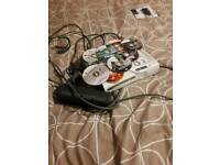 Xbox 360 few games(no cases) and controller