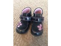 Size 6.5 Clarks girls shoes